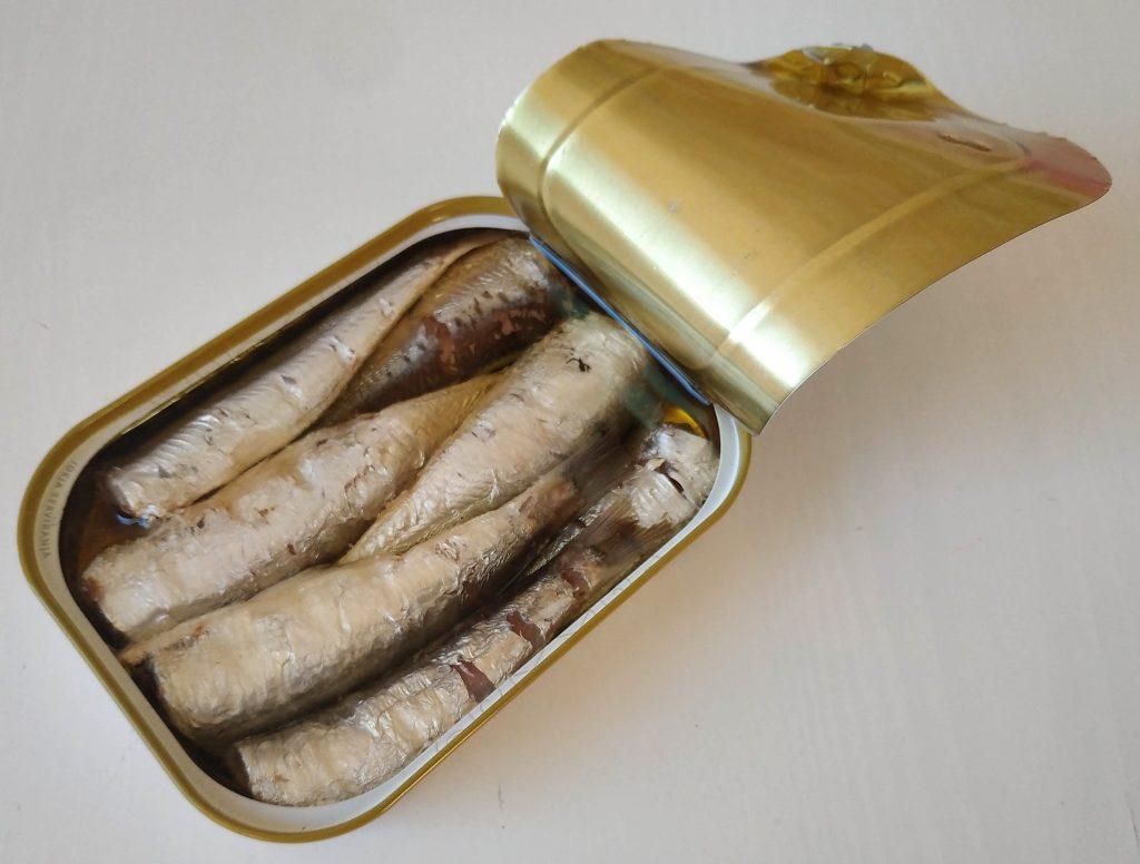 sardinky v olivovom oleji-pikantné PINHAIS 90g - rybacia pomazanka - rybacia pomazánka zo sardiniek - rybacia pomazanka sardinky - sardinky v olivovém oleji - baltické sardinky