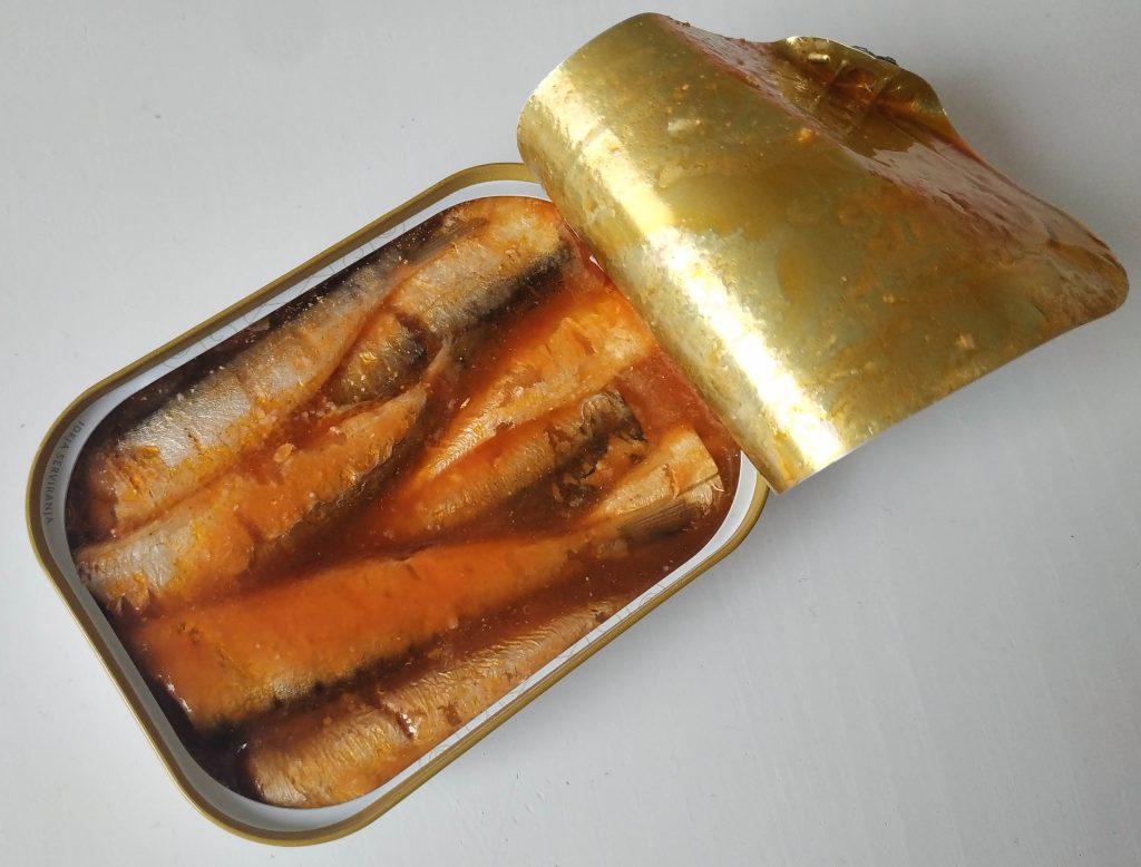 sardinky queen adriatic, sardinky v paradajkovej stave, sardinky v paradajkovej omacke, sardinky v konzerve